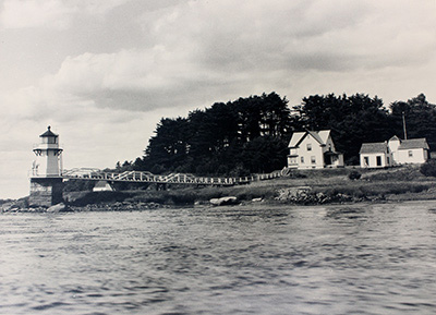 Vintage view of Doubling Point Light